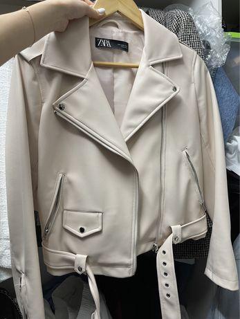 Куртка из эко кожи ZARA