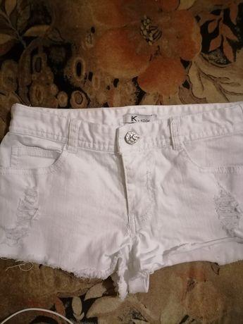 Къси дънкови бели панталонки