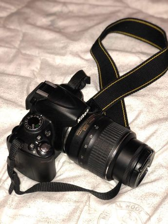 Vand sau schimb Aparat Nikon D3000