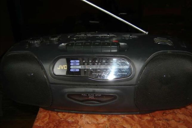 Radiocasetofon stereo JVC