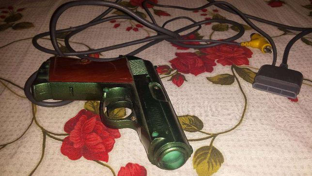 Pistol playstation scorpion