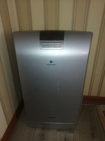 Воздухоочиститель увлажнитель в хорошем состоянии Panasonic