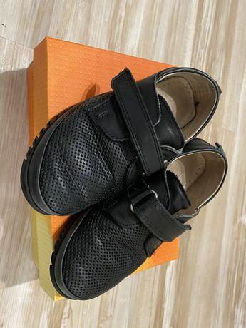 Туфли -Макасины для мальчика 29 размер