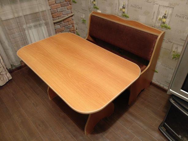 Кухонный уголок (диван-скамейка + стол)