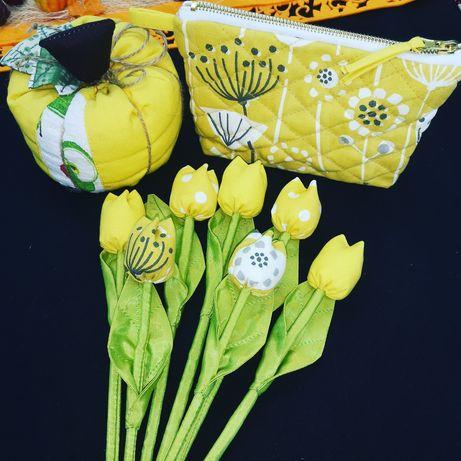 Подарък :Несесер и цветя от плат
