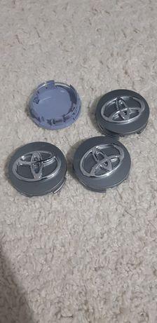 Продам заглушки на диски от тойота