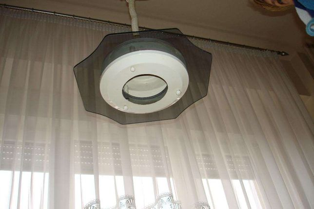 Lampa -corp iluminat bucatarie