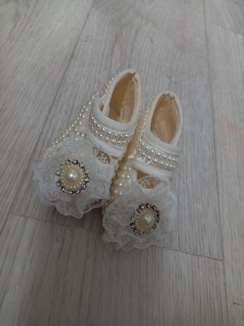 Детская обувь ,в хроршем состоянии
