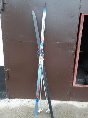 Продам лыжи советские