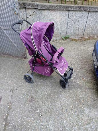 Детска количка и стол за хранене