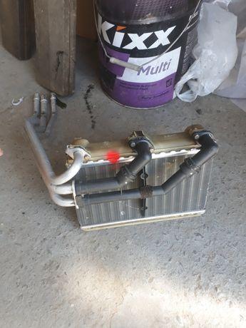 Печки (климы) от бмв е34 кондёрный без дефектов. Отдельно продается.