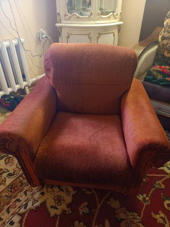 Продам срочно кресло