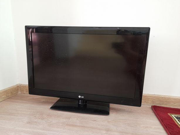 Телевизор // теледидар LG 32LK530