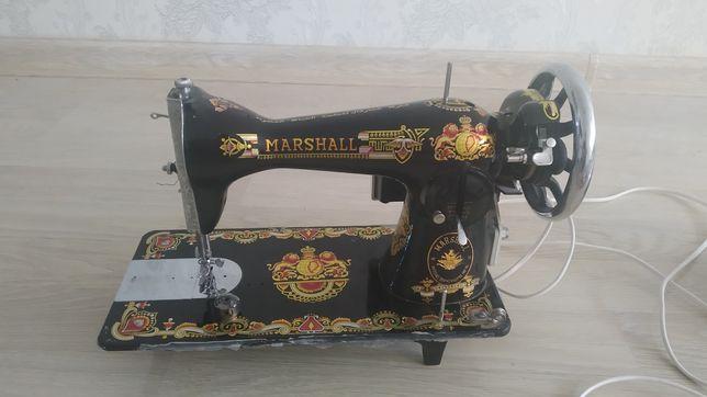 Педальная швейная машина