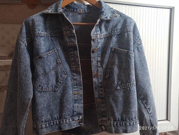 Продам джинсовую и кожаную куртку