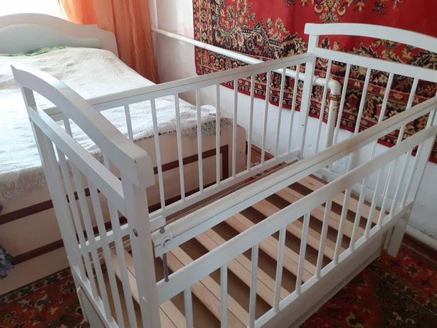 Кровать (манеж) для ребёнка  с ортопедическим матрасом
