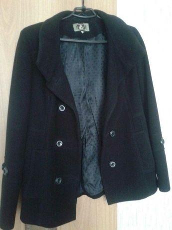 продам.кашемировое пальто.