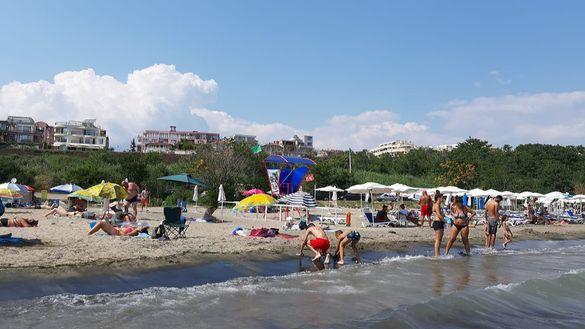 Апартамент за нощувки на брега на морето в кв. Сарафово Бургас