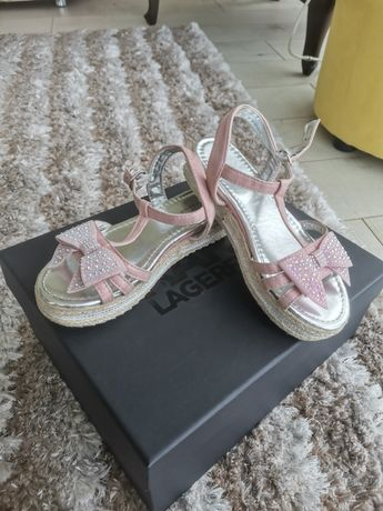 Детски сандали 34 номер и детски чехли с пухче - 33 ном
