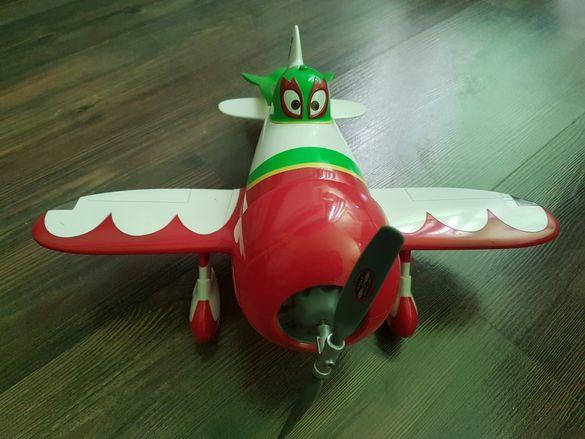 Голям самолет Ел Чупакабра planes говорещ