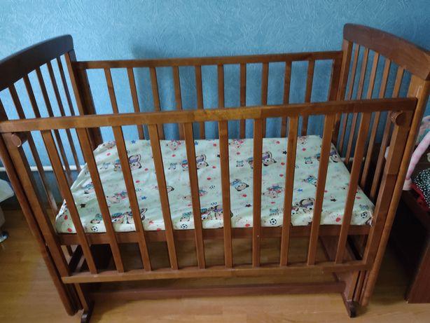 Манеж для новорожденных малышей