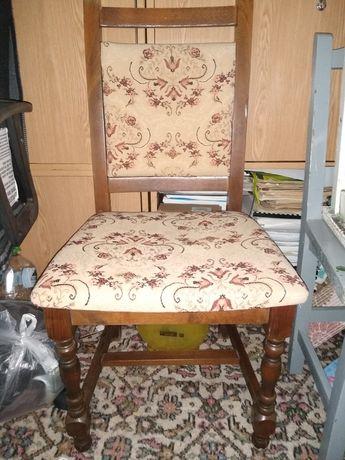 Vând 2 scaune lemn masiv pentru reconditionat