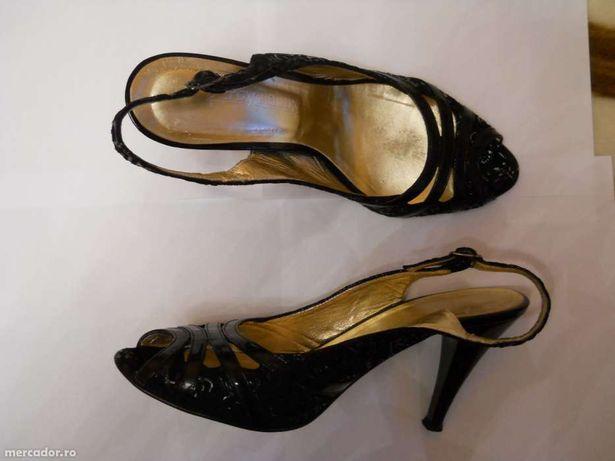 Sandale ocazie din piele, marimea 38