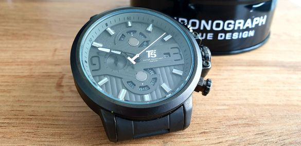 Т5 Водоустойчив мъжки часовник / безплатна доставка