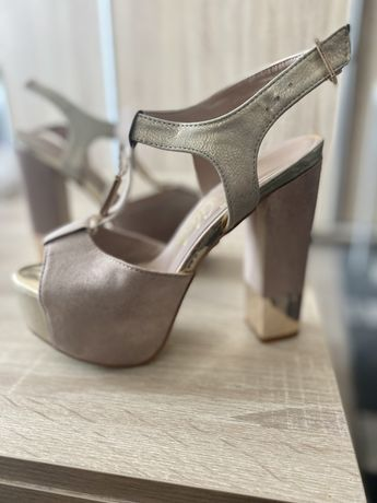 Sandale mar 36 crem
