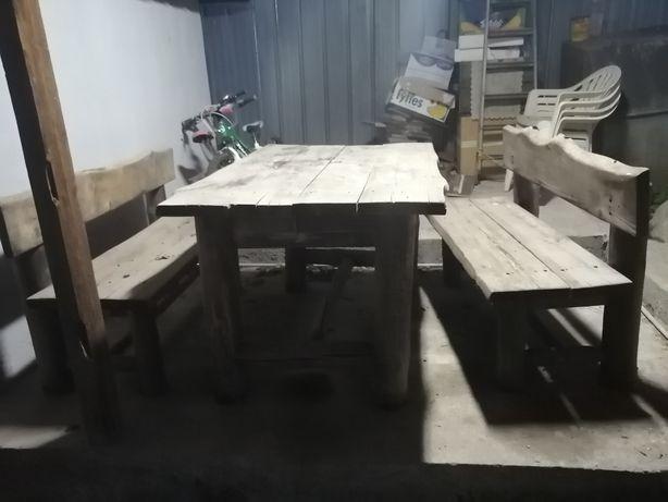 Продам 3 комплекта  из массива дерева. Скамейки и столы