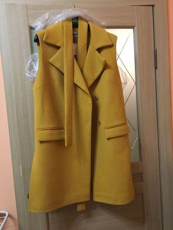 Новое Пальто-жилет