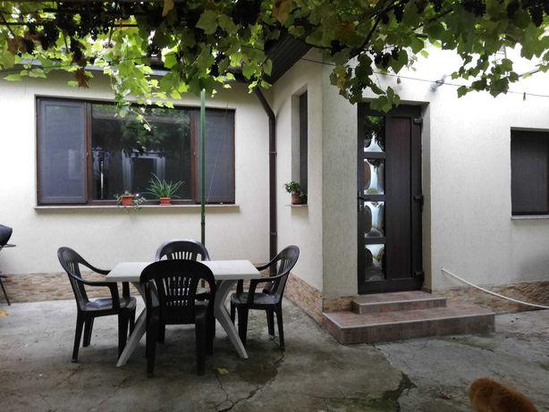 Casa 2 camere Constanta, zona Faleza Nord / 3 papuci