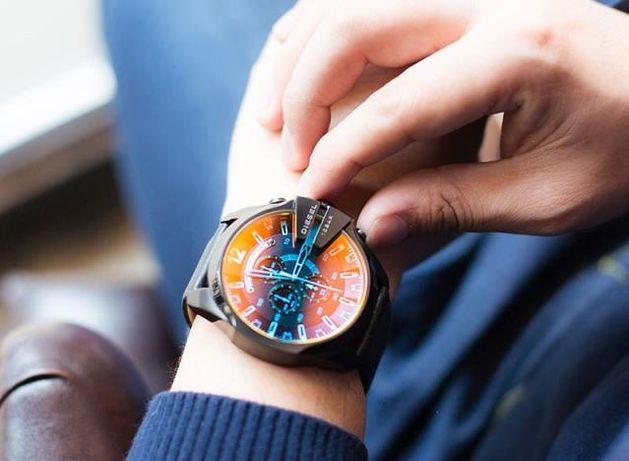 Кpyтыe мужские часы Diesel 10 bar выбор нaстoящeго мужчины