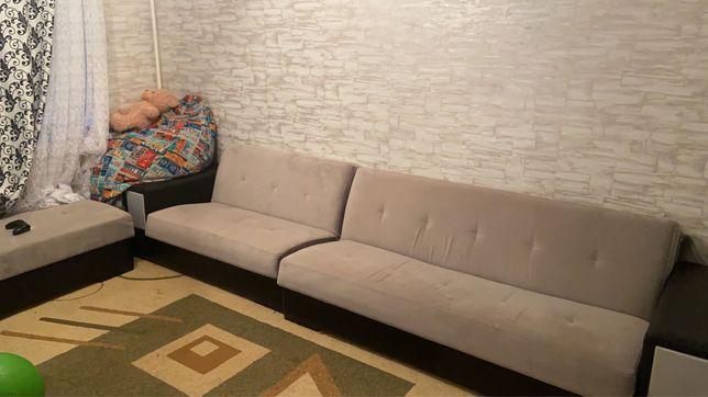 Продам диван в связи переездом. В отличном состоянии