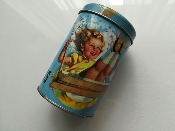 Cutie metalica depozitare veche camera copil decor