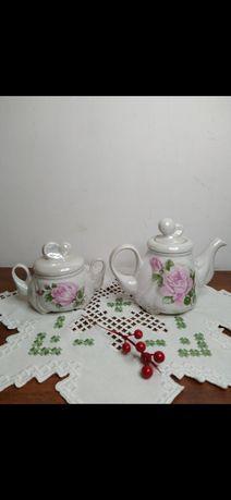Чайный набор СССР,заварной чайник и сахарница.