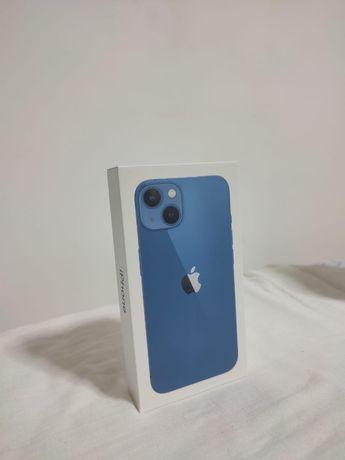 Продам Iphone 13