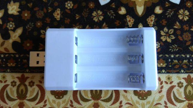 Зарядное устройство для аккумуляторных батареек AA / AAA Ni-Mh Ni-Cd