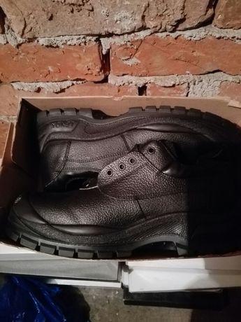 Работни обувки черни