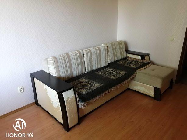 Угловой диван б\у