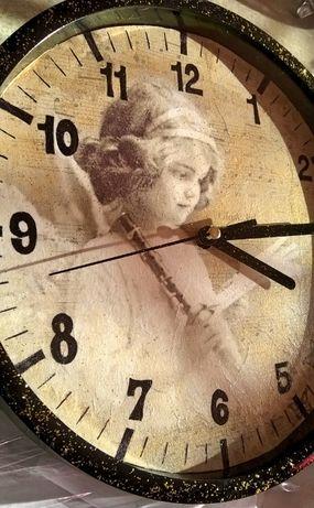 """Стенен часовник """" Ангелът на музиката"""""""