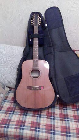 Гитара акустическая Strunal D98012 струнная. Обмен не предлагать.