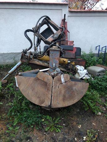 Cupa excavator cu sistem de rotire