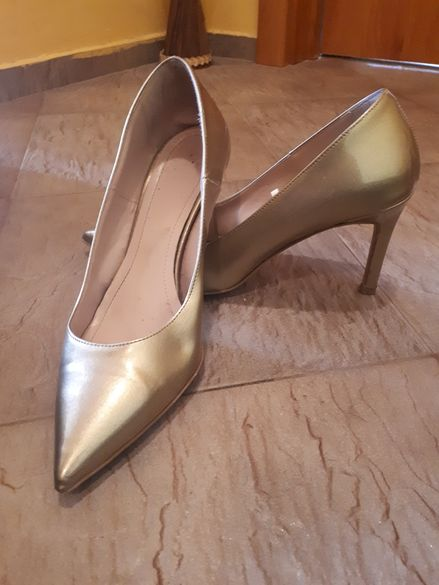 Дамски обувки на ток 39номер