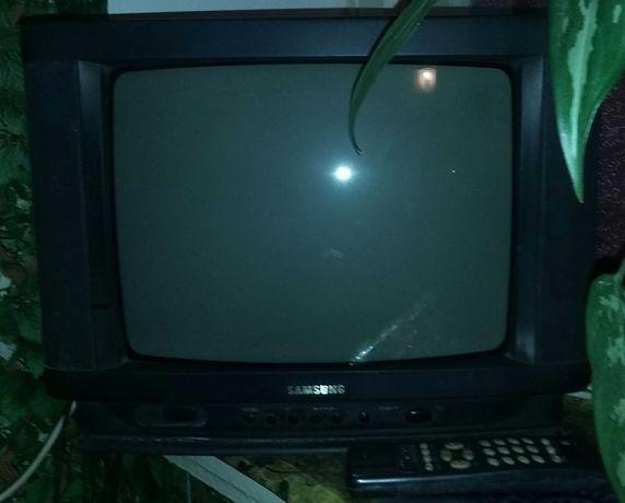 Телевизор SAMSUNG. Цветной. Б/У. ДОСТАВКА.