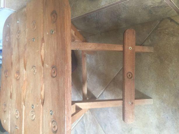 Taburet lucrat manual pliabil lemn!