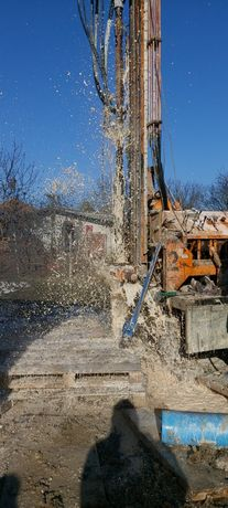 Сондажи за вода на всякакви терени дълбочина до 150 метра широчина