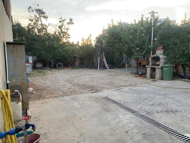 Inchiriez teren+casa-Str Lacul Ciulnita S5