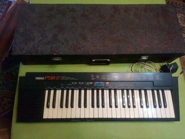 Продам синтезатор yamaha psr 2