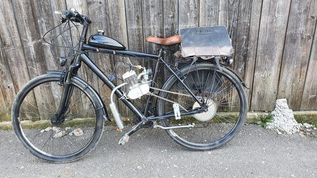 Bicicleta cu motor 2T pe benzină !